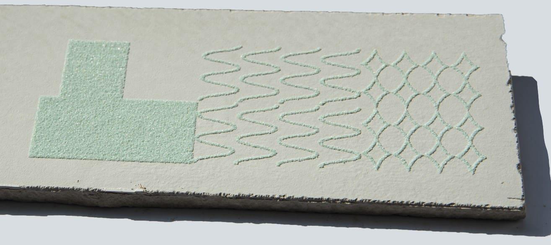 Inchiostro incollante ceramico